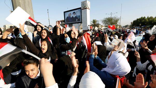 """إضراب عام في العراق وتواصل الاحتجاجات المطالبة ب""""إسقاط النظام"""""""