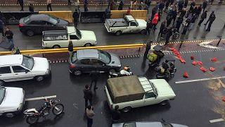 قتيلان وعشرات الاعتقالات خلال احتجاجات على زيادة أسعار البنزين في إيران