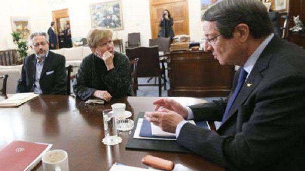 Κυπριακό: Πυρετός διαβουλεύσεων εν όψει Βερολίνου