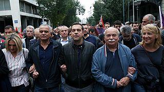 Επικεφαλής του μπλοκ του ΣΥΡΙΖΑ στην πορεία ο Αλέξης Τσίπρας