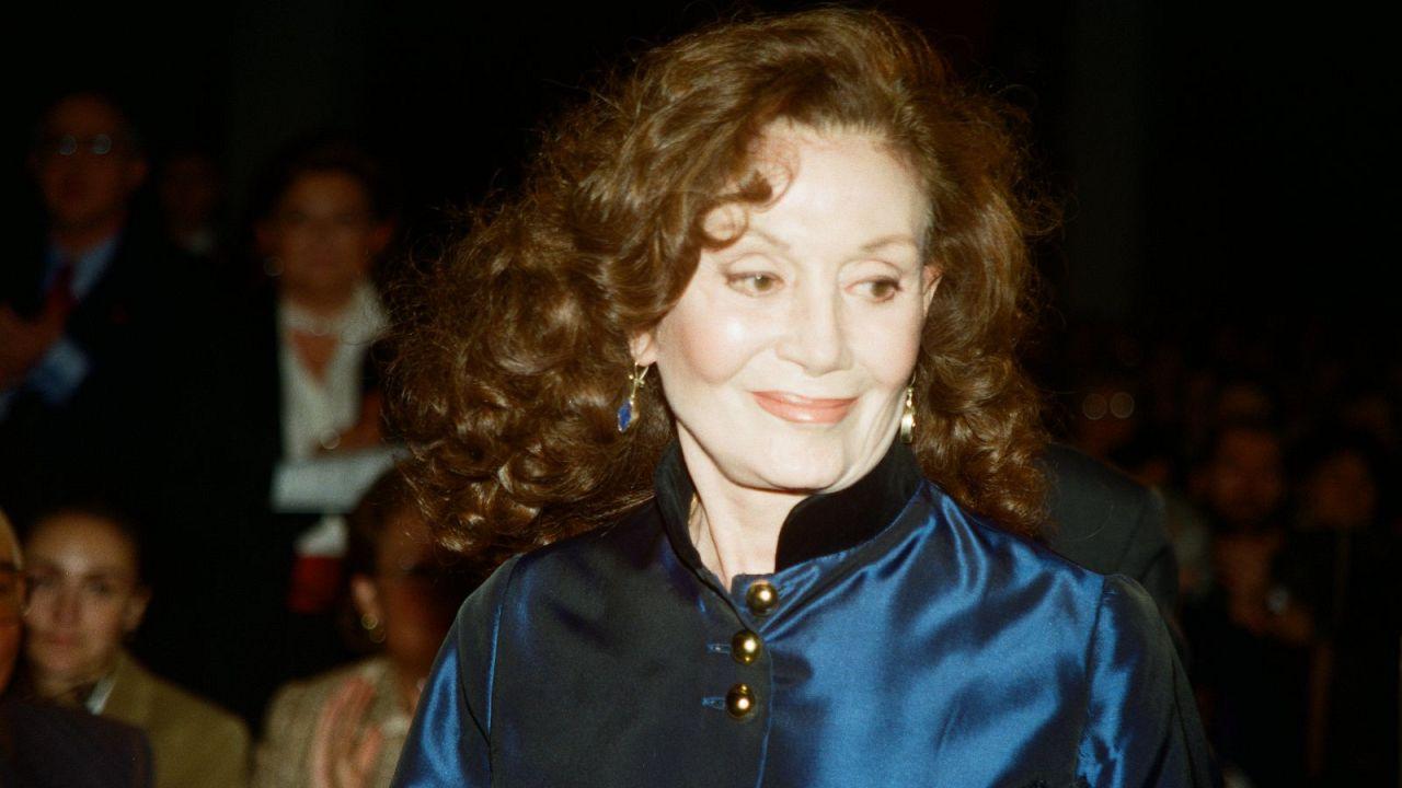 Kenter, 11 Ekim 1998'de 50. Sanat Yılı ve doğum gününü için katıldığı bir törende