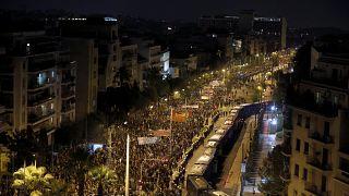 تظاهرات گسترده یونانیها در سالگرد حمله به دانشگاه پلیتکنیک آتن