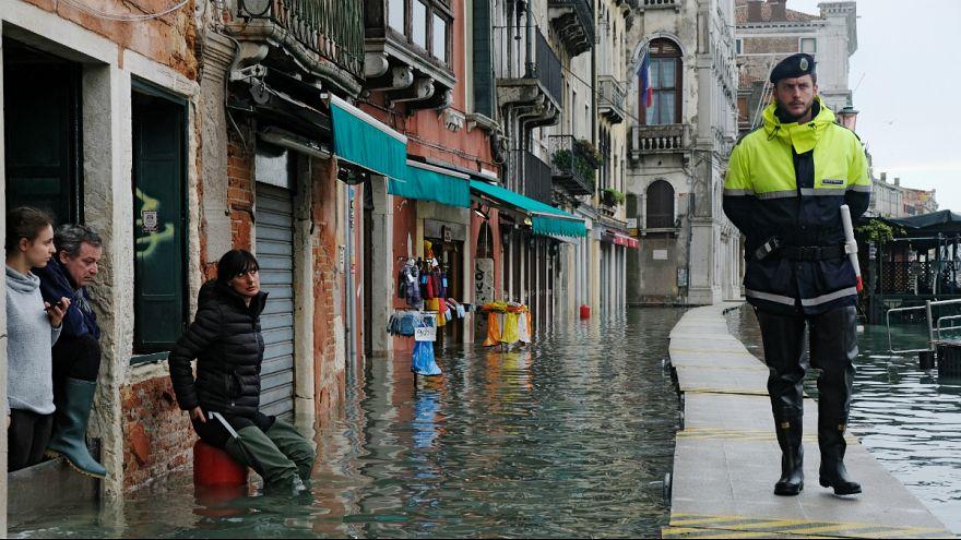 Chuvas intensas semeiam devastação em Itália