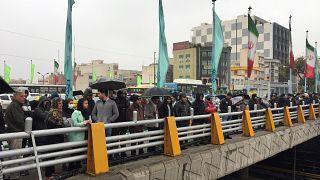 Proteste in Teheran gegen die Erhöhung der Spritpreise
