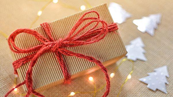 Ελλάδα: Ετοιμάζεται το έκτακτο επίδομα Χριστουγέννων