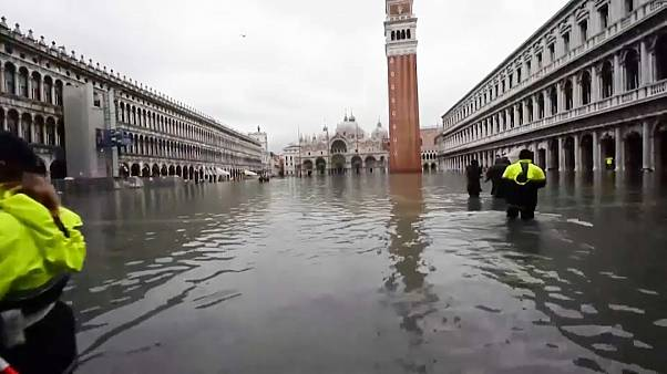 Hochwasser in Venedig: Besserung in Sicht