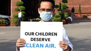 Θάλαμος αερίων από τη μόλυνση το Νέο Δελχί