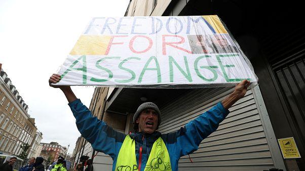 """Suecia anuncia """"nueva información"""" sobre la acusación de violación contra Julian Assange"""