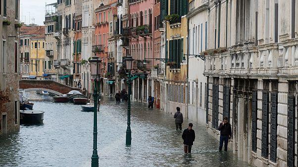 A korrupciót okolják a velencei áradásért