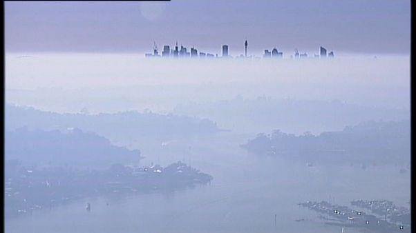 Vastag füst takarja Sydneyt