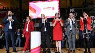 In der ersten Runde der Wahlen in der SPD konnten sich diese Duos durchsetzen.