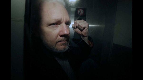 La justicia sueca archiva la causa por violación de Assange