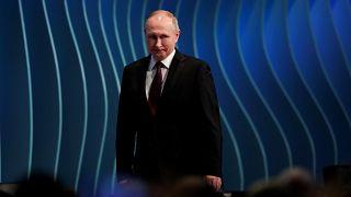 """البرلمان الروسي ينظر في قانون سيصنف الصحافيين والمدونين """"عملاء أجانب"""""""