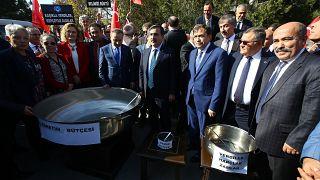 Türkiye Kamu-Sen memur ücretlerine ilişkin eylem yaptı
