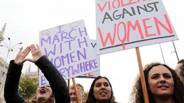 Frauen protestieren gegen Gewalt an Frauen - Madrid, 25.11.2018