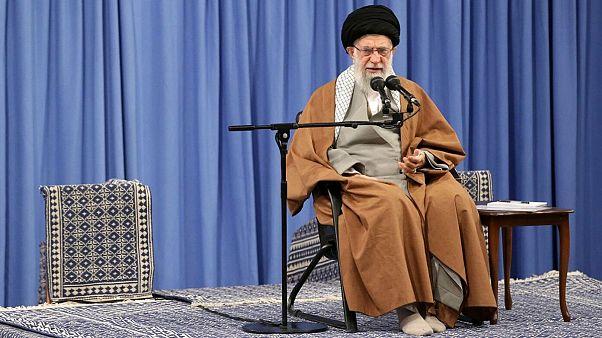 علی خامنهای در واکنش به اعتراضهای ایران: دشمن را عقب زدیم
