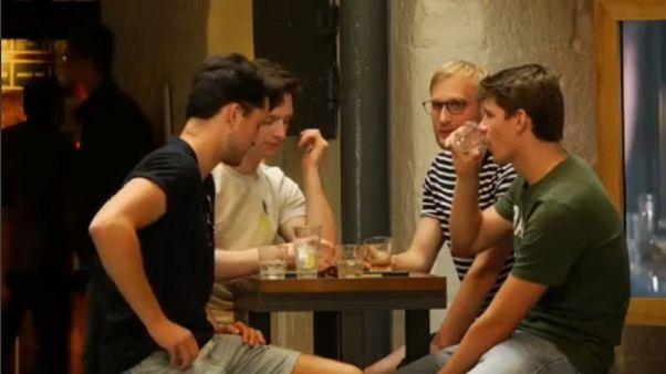 Eurostat: Οι άντρες ζουν λιγότερο