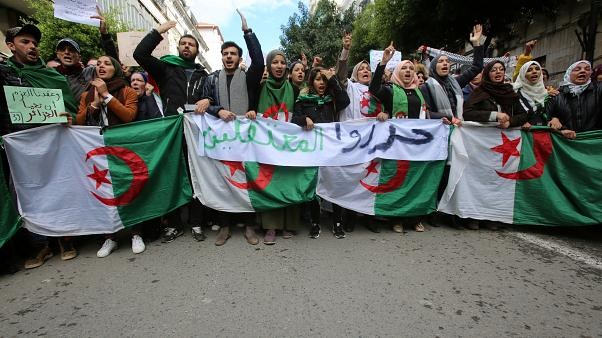 Les Algériens mobilisés contre la présidentielle du 12 décembre
