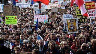 نتیجۀ یک تحقیق: جهان شاهد دموکراسیهای بیشتر اما ضعیفتر است