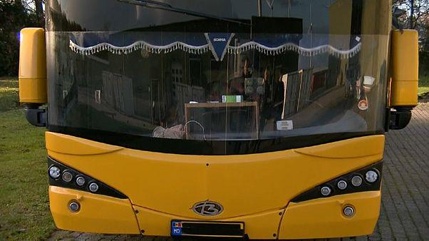 В Нидерландах задержан автобус с 65 молдаванами