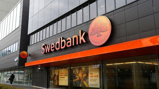 Swedbank acusado de violar sanções dos EUA à Rússia