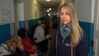 En Ucrania del este, la falta de medios transporte dificulta el acceso a los centros de salud