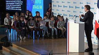 Macron reforça luta contra a pornografia infantil