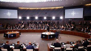 """ألمانيا تريد """"الحد من أضرار"""" تصريحات ماكرون بشأن حلف الأطلسي"""
