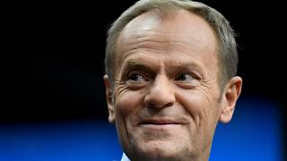 Donald Tusk a Néppárt új vezetője, és rögtön megoldást is kell találnia a Fidesz-ügyre
