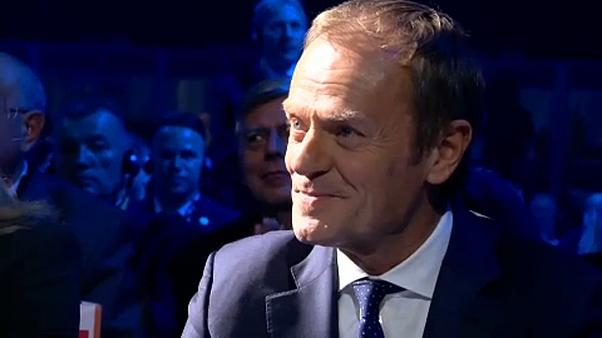 Tusk nomeado presidente do Partido Popular Europeu