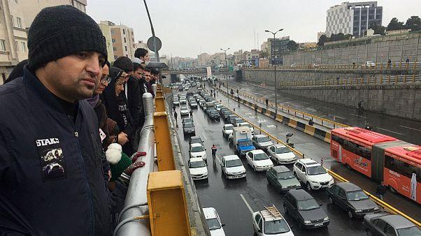 نحوه تامین یارانه ۵۰ هزارتومانی؛ درآمد دولت ایران از گرانی بنزین چقدر است؟