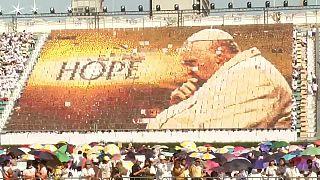 Papa Francisco discursa contra o tráfico humano