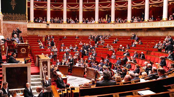 Fransa Meclisi'nde Türkiye tartışması: 'NATO kesinlikle hasta', 'Müttefikimiz Kürtleri bombalıyor'