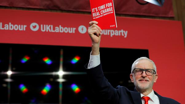 "Corbyn apresenta ""manifesto"" trabalhista"