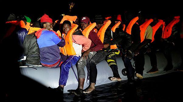 کشتی خیریه اسپانیایی ۷۳ پناهجو را در آبهای مدیترانه نجات داد