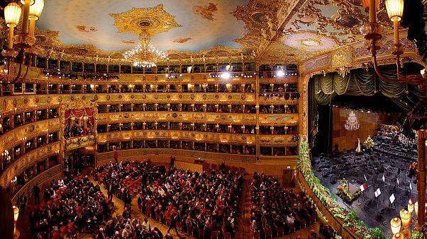 L'intérieur du théâtre la Fenice de Venise