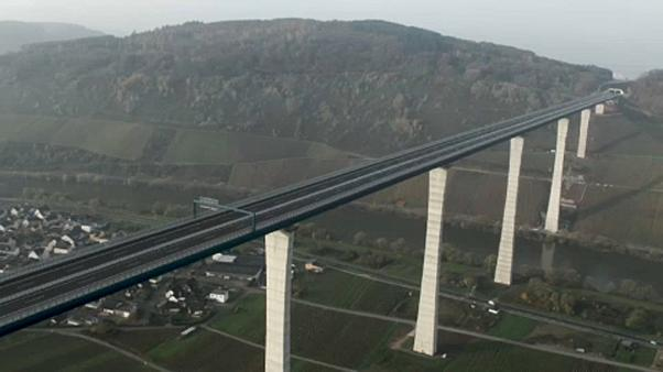 Inaugurada mega-ponte do oeste alemão
