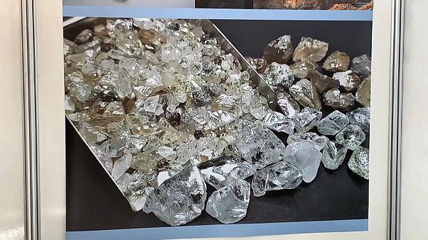 Angola lança segundo leilão de diamantes