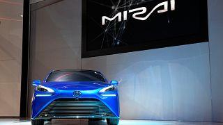 Toyota'nın hidrojen yakıtlı Mirai modeli