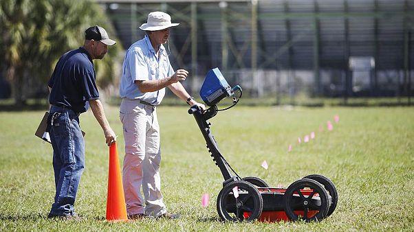 Florida: Okul arazisinin altında 140 mezar tespit edildi
