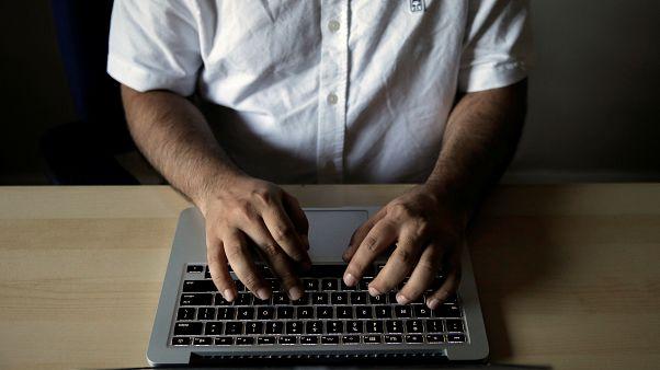 بازگشت قطرهچکانی اینترنت به ایران: سطح دسترسی به ۱۵ درصد رسید