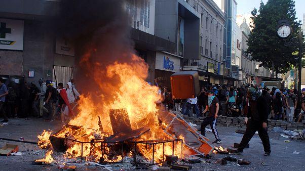 Жесткие столкновения в Чили