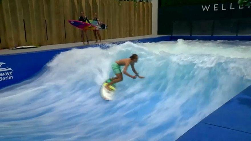 Téli szörfözés Berlinben