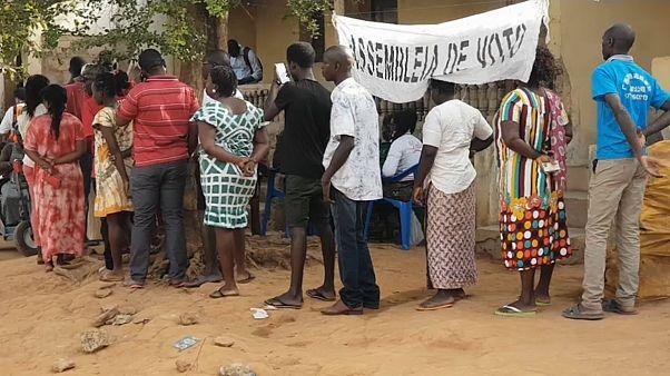 Guineenses chamados às urnas este domingo