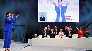 أنيغريت كرامب كارنباور رئيسة الاتحاد المسيحي الديموقراطي الألماني ـ لايبزيغ