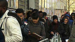 Francia al sorpasso: boom di richieste d'asilo, superata la Germania