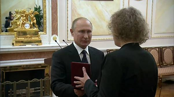 Putin premia le vedove dell'incidente nucleare di agosto