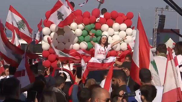 """Libano, """"controfesta"""" nazionale"""
