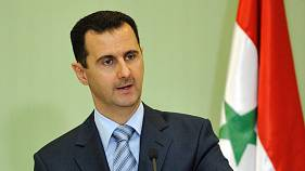 قاض إسباني يوصي بمحاكمة رفعت الأسد للاشتباه بتبييض أكثر من 600 مليون يورو