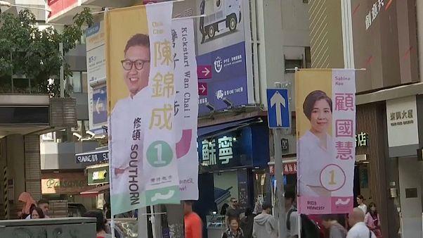 Hongkong, egy nappal az önkormányzati választások előtt